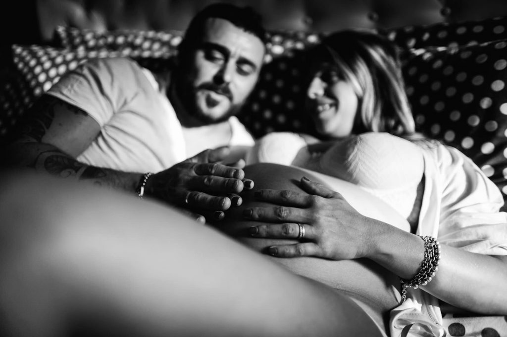 intimate maternity photography in florence7