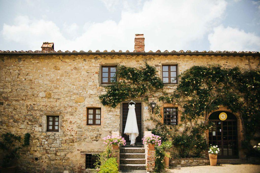 Wedding Photographer in Siena at Castello di Spaltenna