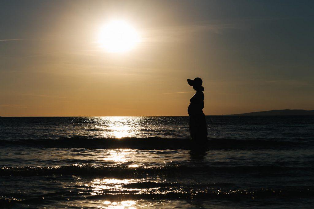 Foto di gravidanza in spiaggia-34