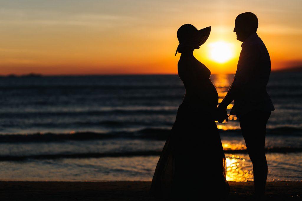 Foto di gravidanza in spiaggia