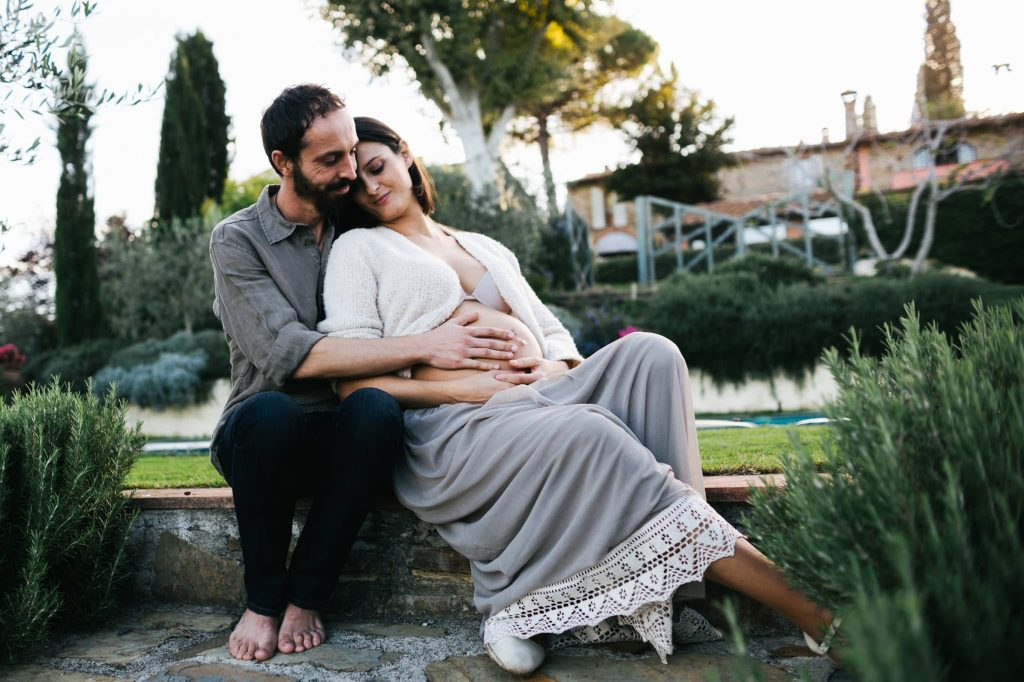 maternity photographer in florence tuscany 26