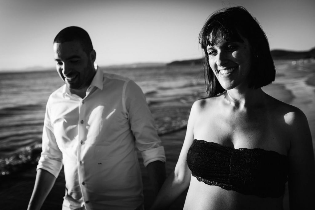 seaside maternity photos 25