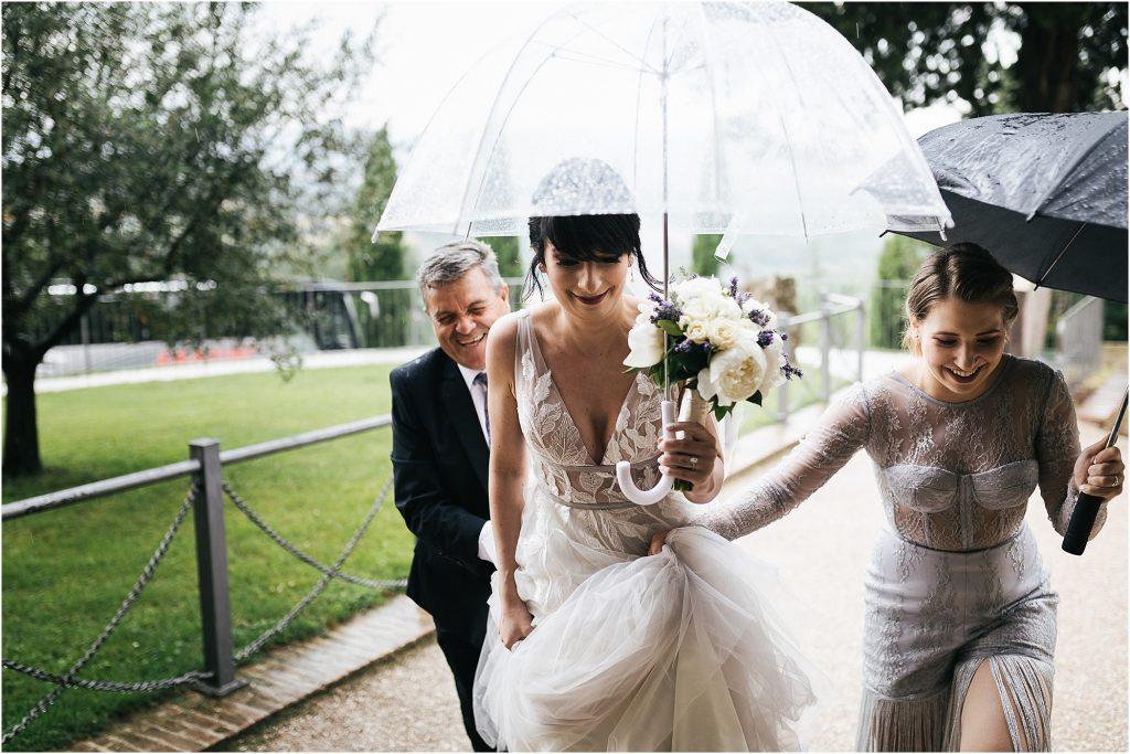 Fotografie di matrimonio all'Abbazia di San Galgano 29