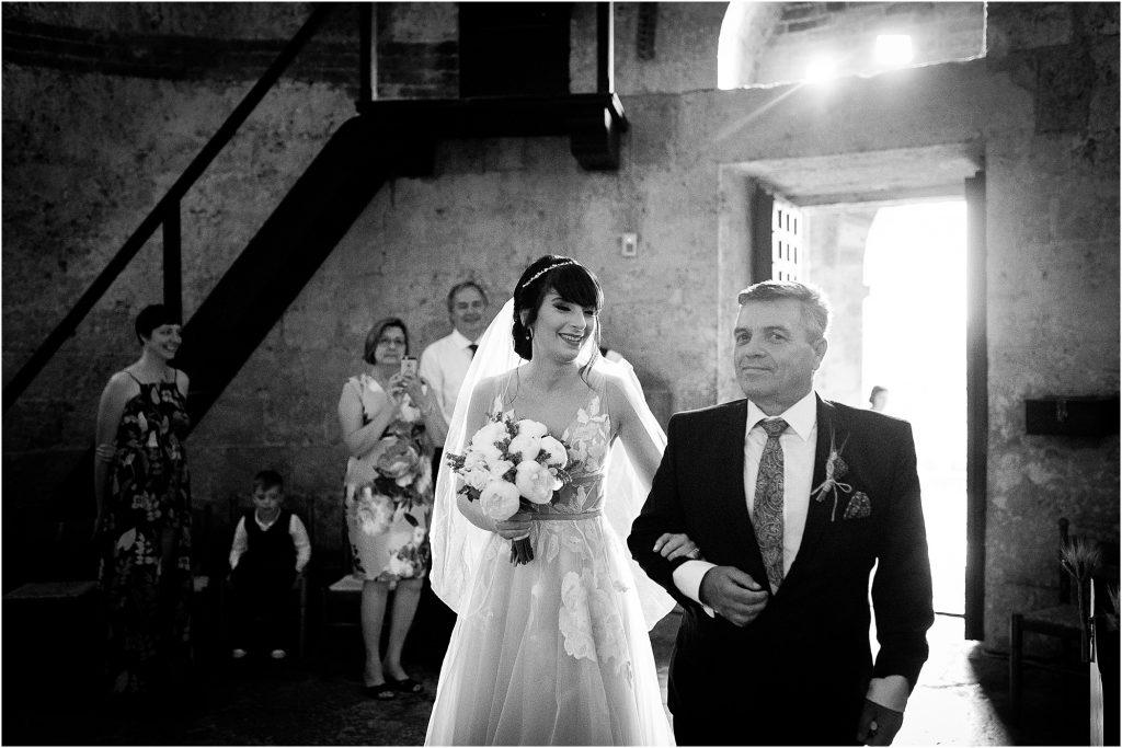 Fotografie di matrimonio all'Abbazia di San Galgano 32