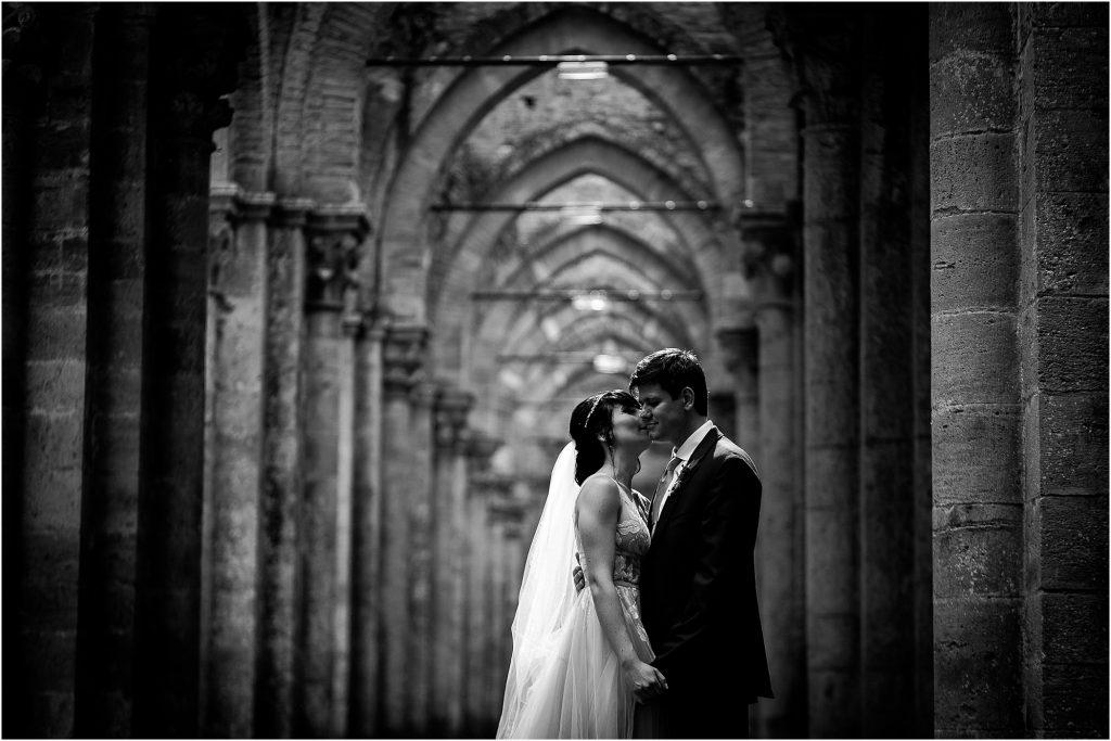 Fotografie di matrimonio all'Abbazia di San Galgano 56