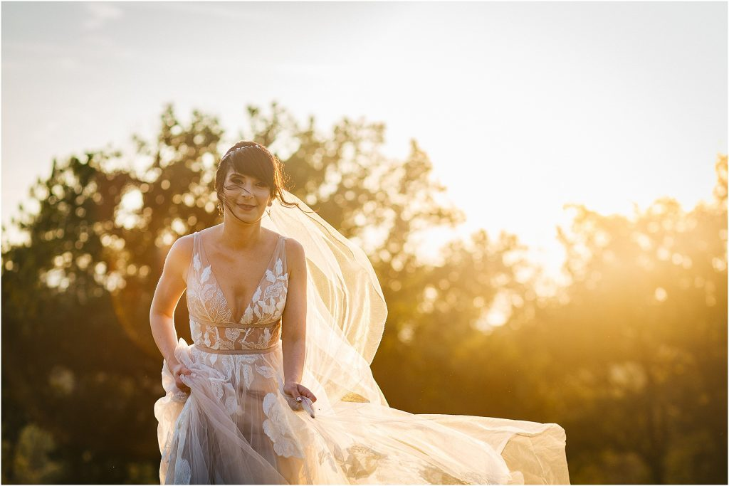 Laura Barbera: Wedding Photographer San Galgano Abbey