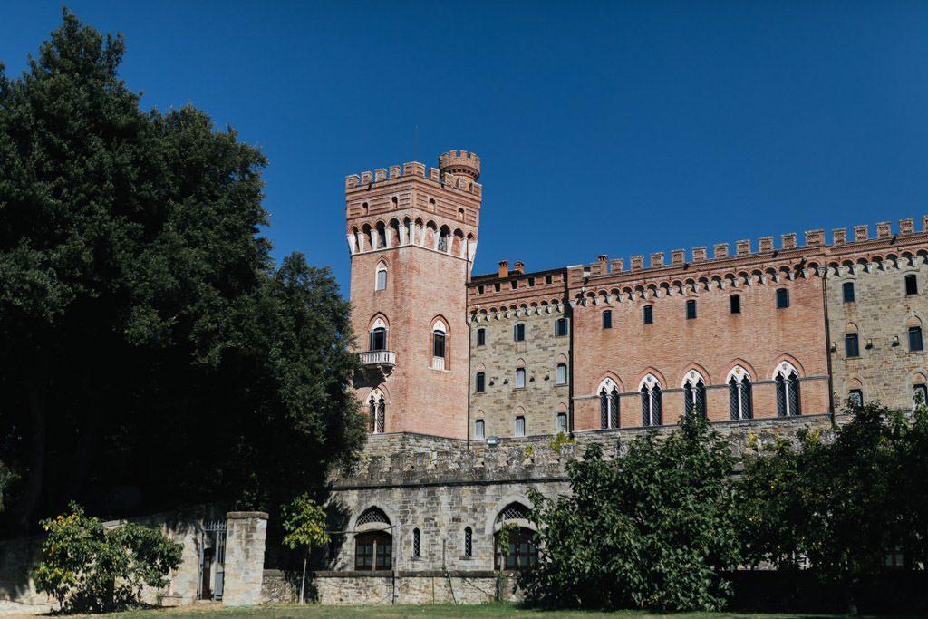 Foto di matrimonio al castello di Valenzano in Toscana 1