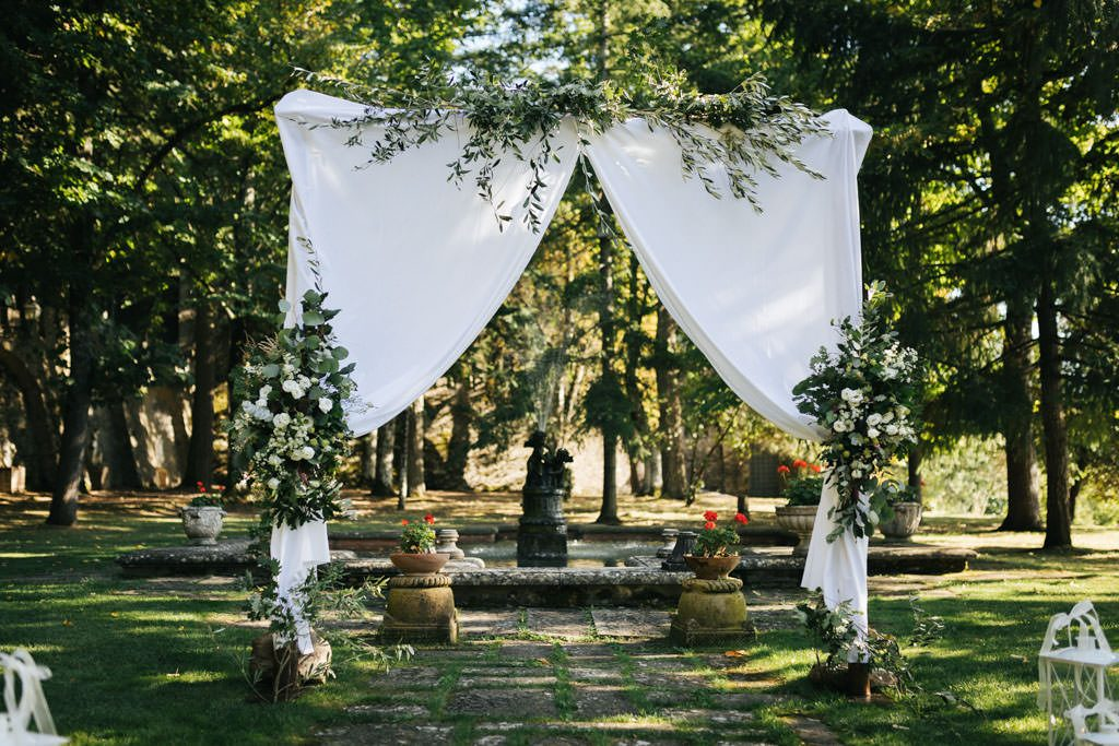 Foto di matrimonio al castello di Valenzano in Toscana 21