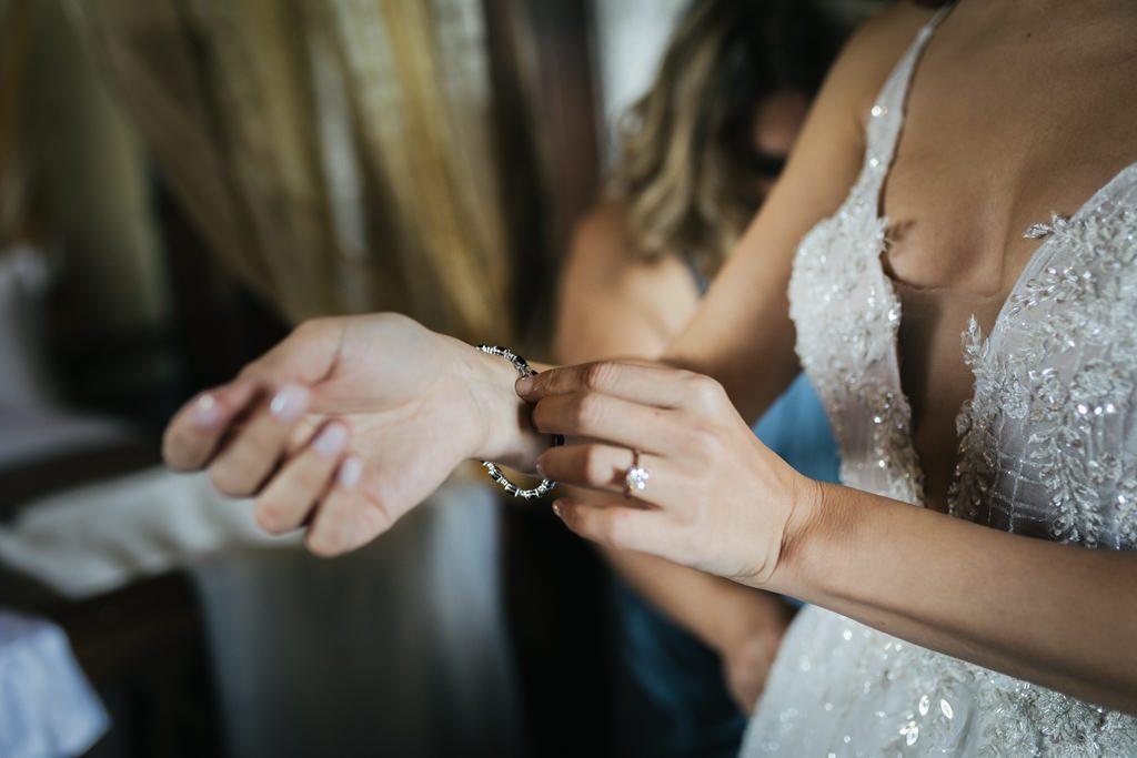 Foto di matrimonio al castello di Valenzano in Toscana 26