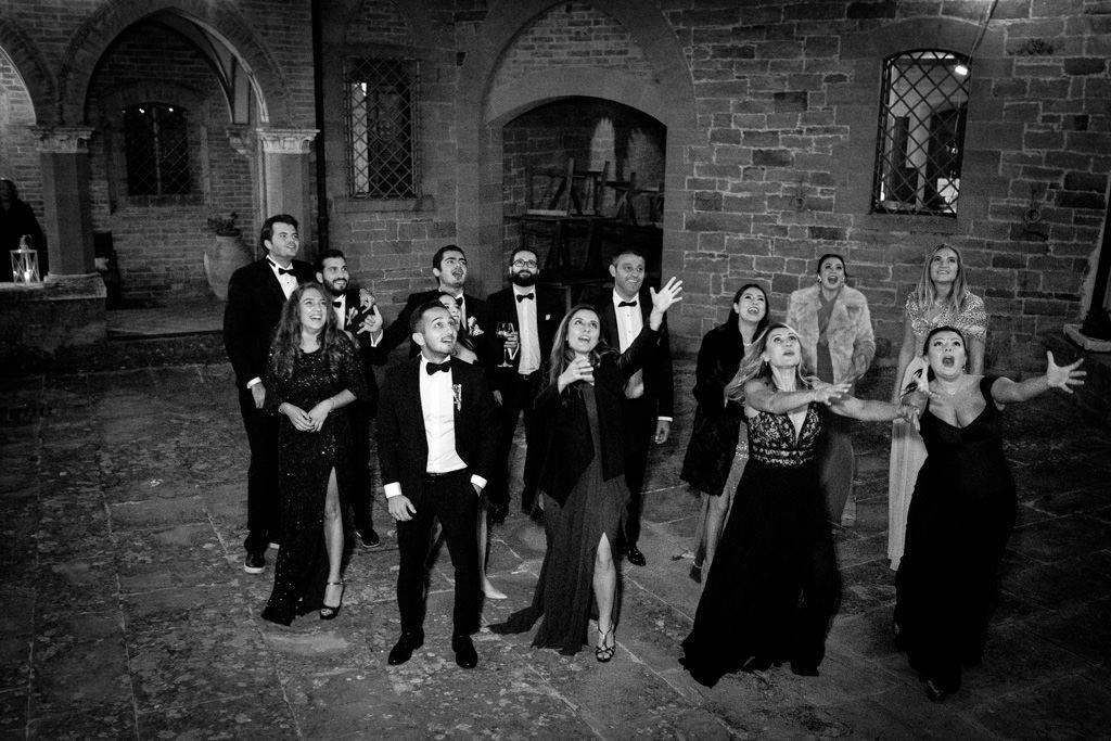 Foto di matrimonio al castello di Valenzano in Toscana 80