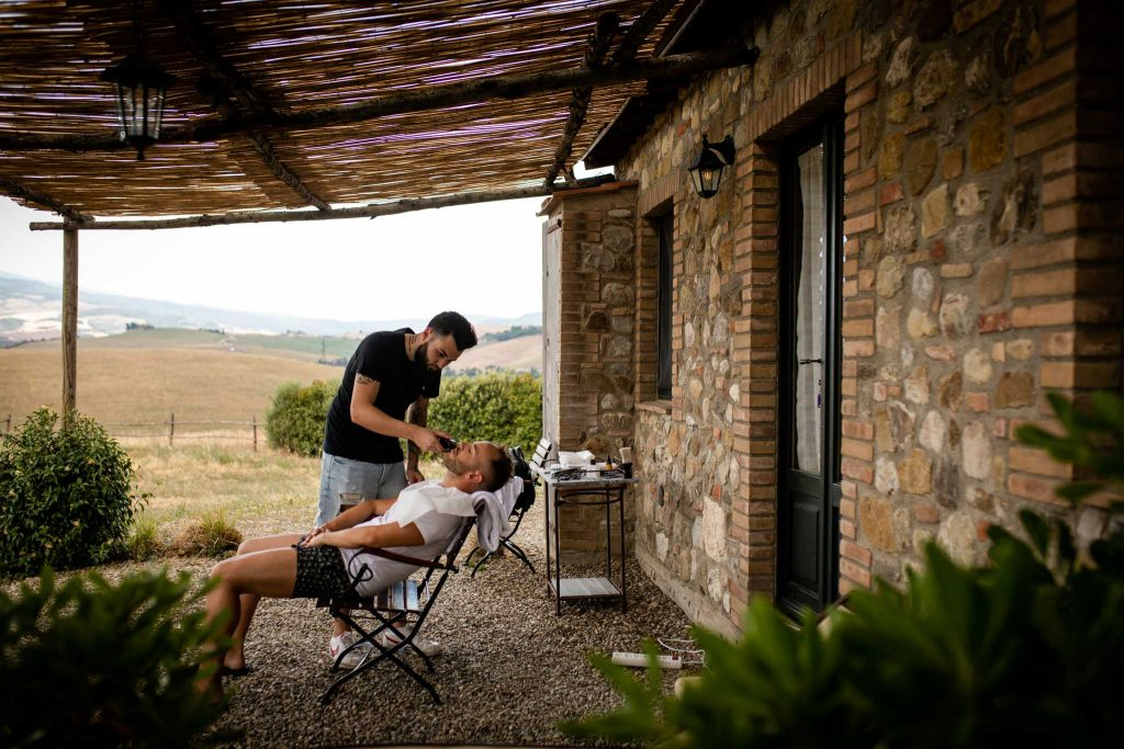 Laura Barbera: Intimate Wedding in Val d'Orcia at Locanda in Tuscany