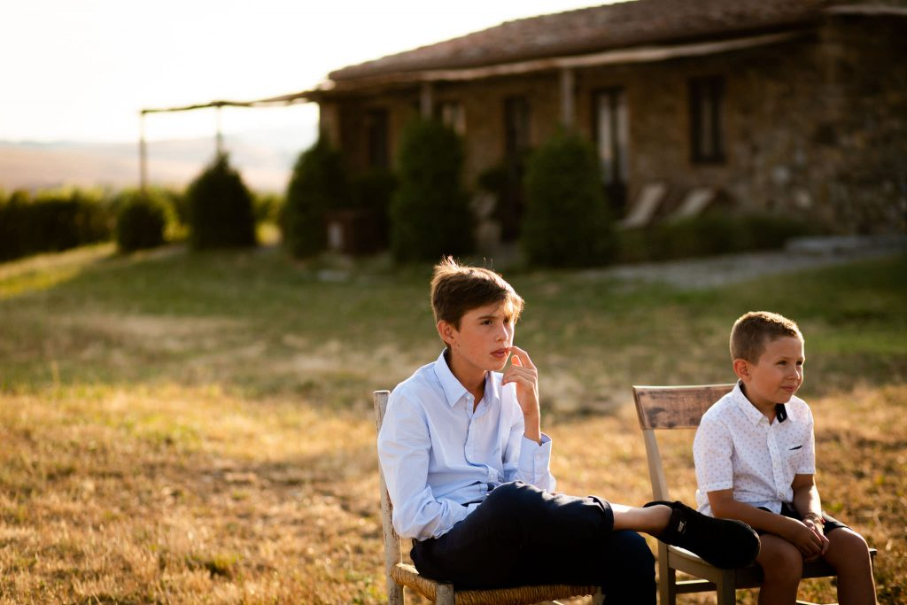 Intimate Wedding in Val d'Orcia at Locanda in Tuscany - Laura Barbera Photography