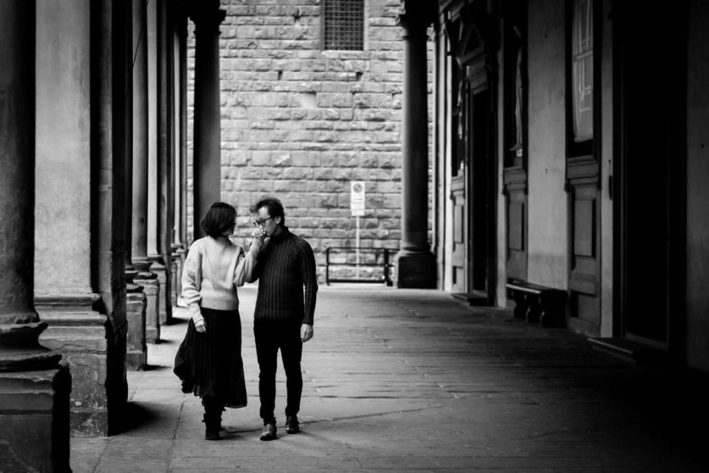 Pre Wedding Photoshoot Florence: Winter couple photos